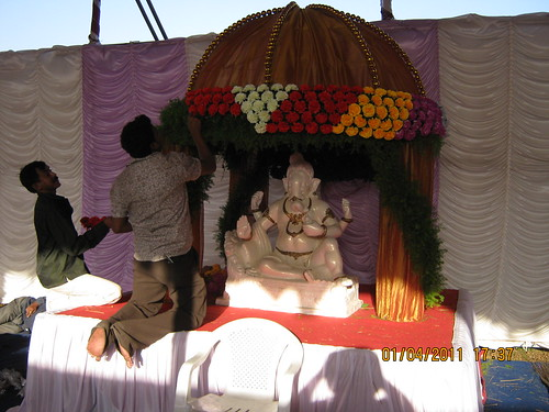 Decoration of shri ganpati bappa in the pandal of dajikaka for Background decoration for ganpati