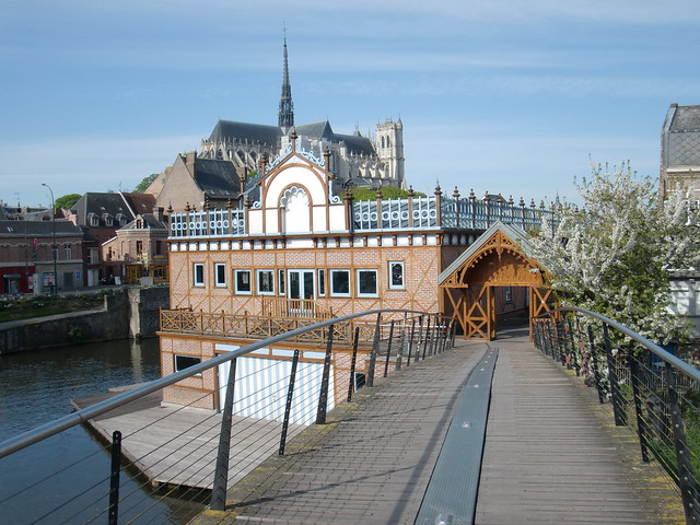 Header of Amiens (city)