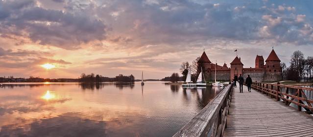 Lake Galvė Panorama