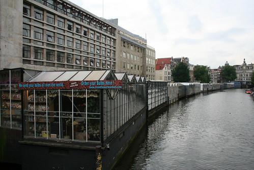 2010.07.12 Amsterdam 29 Muntplein 18 Bloemenmarkt