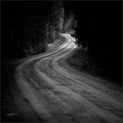 road summer bw forest photoshop suomi finland dark square landscape woods nikon scenery curve gettyimages d300 2011 500x500 kupio ok6 ollik joutenjärvi 20110515