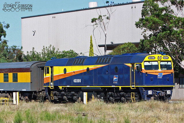 Interail 42206 sits at Dry Creek