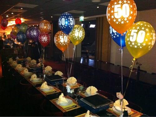 Tafeldecoratie 3ballonnen 50e Verjaardag Assorti Kleuren