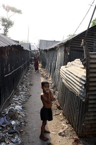 バングラデシュのダッカのスラム街