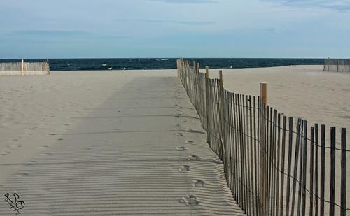 sea sky seascape beach water fence sand dunes dune nj footprints pointpleasant dunesfence scottnj