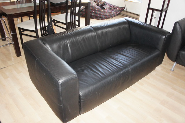 Ikea klippan black leather 3 seat sofa canape klippan d for Canape ikea stockholm cuir