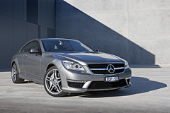 executive car(0.0), mercedes-benz e-class(0.0), mercedes-benz c-class(0.0), automobile(1.0), automotive exterior(1.0), mercedes-benz w212(1.0), wheel(1.0), vehicle(1.0), performance car(1.0), automotive design(1.0), mercedes-benz(1.0), rim(1.0), mercedes-benz cl-class(1.0), bumper(1.0), mercedes-benz cls-class(1.0), sedan(1.0), personal luxury car(1.0), land vehicle(1.0), luxury vehicle(1.0), sports car(1.0),