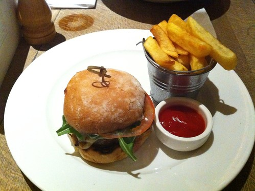 Burger @ Thomas Cubbitt