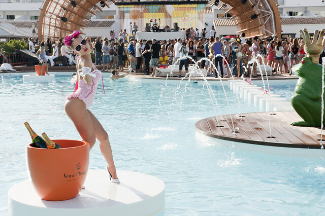 Ushuaia Beach Hotel, Opening Party, Ibiza 2011