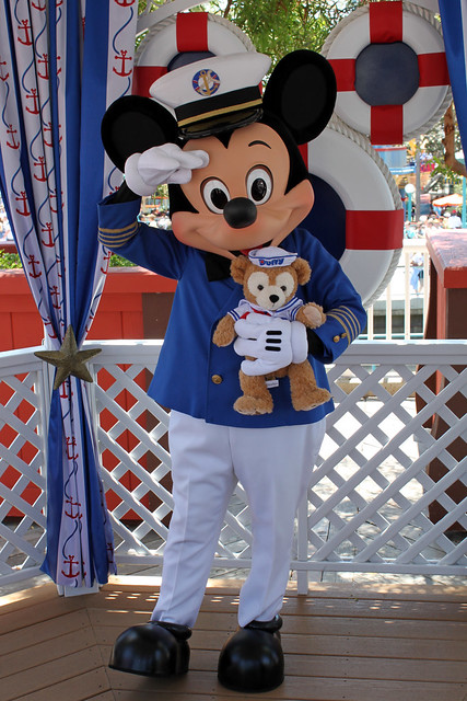 Meeting Captain Mickey Mouse