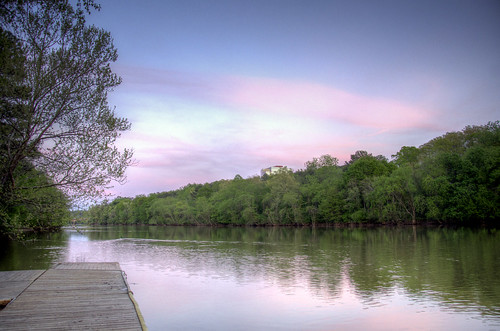 bridge pink trees sunset usa nature water clouds reflections river georgia easter spring dock nikon colorful tramonto day unitedstates natural cloudy pastel south sunday roswell southern riverfront hdr highdynamicrange crepuscolo chattahoochee puestadelsol coucherdusoleil chattahoocheeriver roswellroad photomatix sonnenstand azaleadrive d7000 alpharettahighway