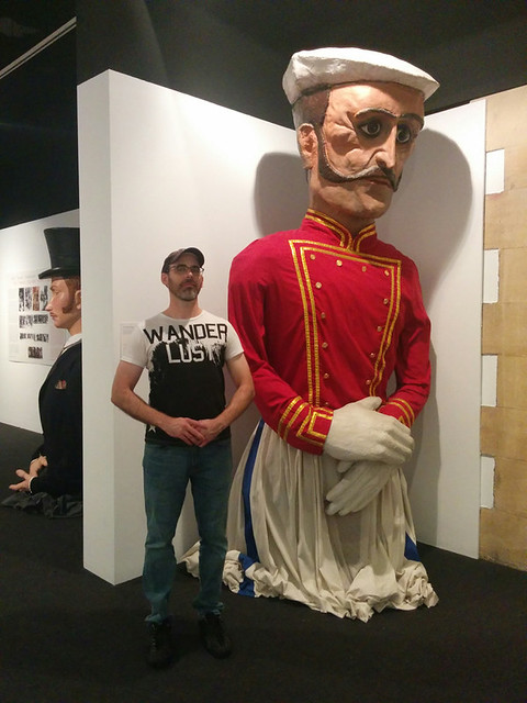 posing w/ giant puppets
