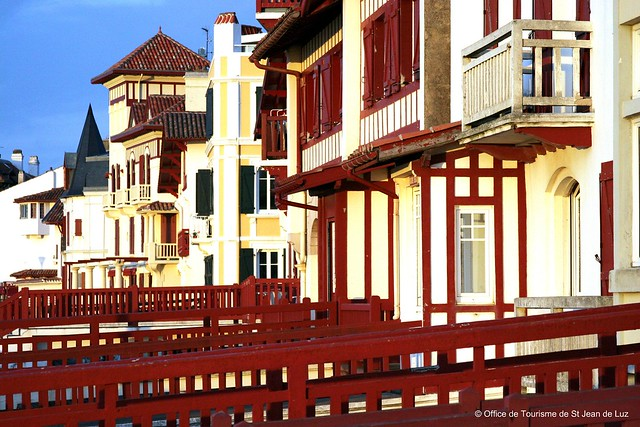 Facades office de tourisme de saint jean de luz fa ades flickr photo sharing - Office tourisme saint jean de luz ...