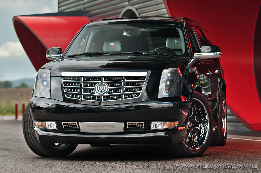 Custom Cadillac Escalade - a photo on Flickriver