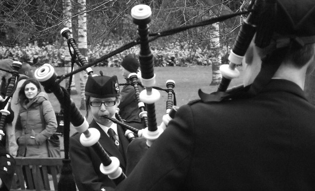 Easter piping by the Castle 016