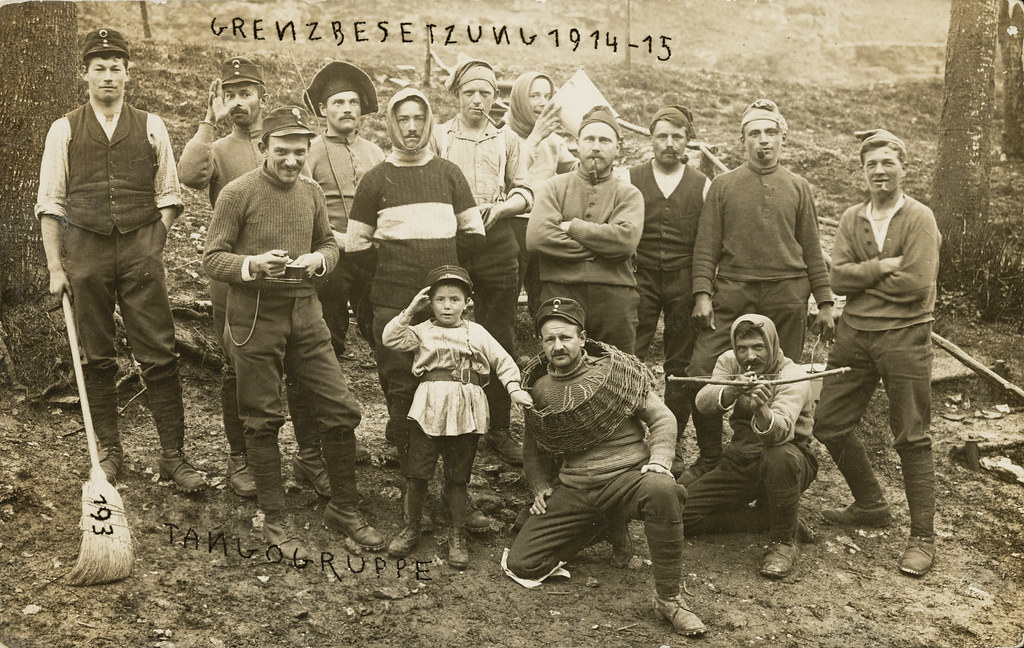 Photo postcard, circa 1915, collection Fotostiftung Switzerland