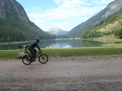 Cycling around Lac de Montriond Image