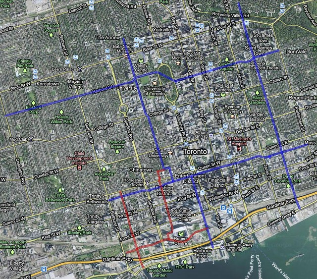 Wed, 06/08/2011 - 14:14 - On the lower left is Councillor Vaughan's proposal and the blue is Minnan-Wong / bike union's proposal.