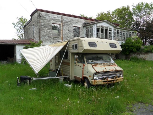 Old Dodge Motorhomes http://www.flickr.com/photos/42367716@N07/5910883774/