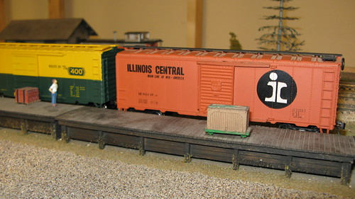 Standard American 40 foot box cars from the past. by Eddie from Chicago