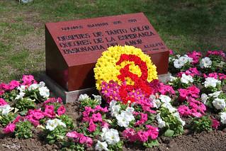 Homenaje a la Pasionaria en el día de la 2ª república
