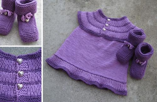 Babykjole med sokker