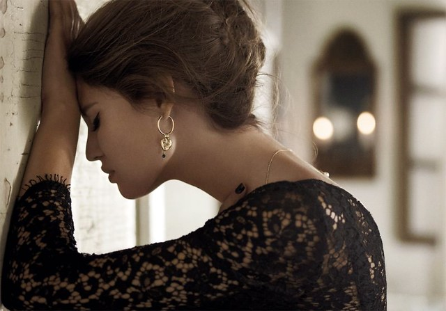 Bianca Balti for Dolce & Gabbana Jewelry 2011 Campaign by Giampaolo Sgura triste dg_jewels2