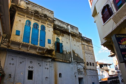 worn city fascade