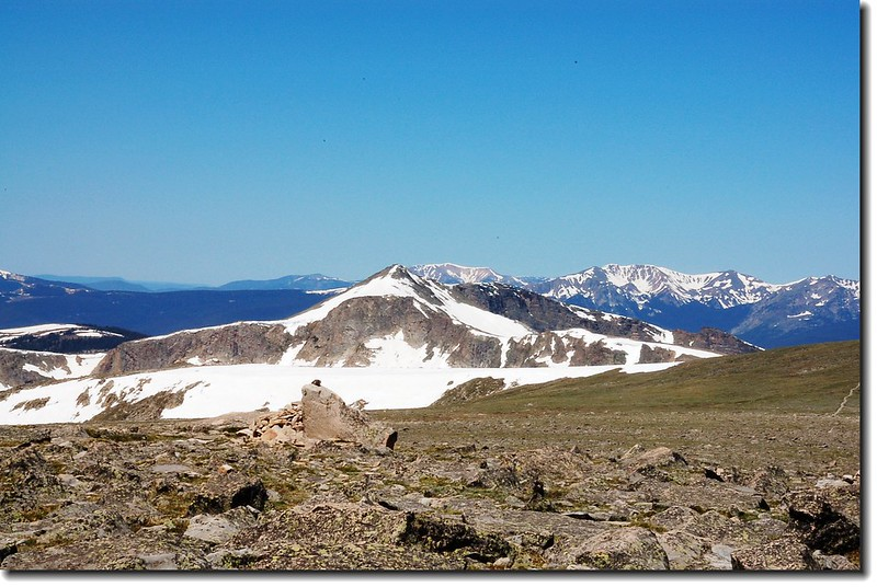 Snowdrift Peak seen from the summit of Flattop Mountain