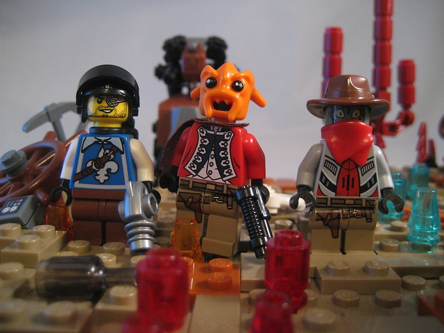 New Cimmaron Minifigures