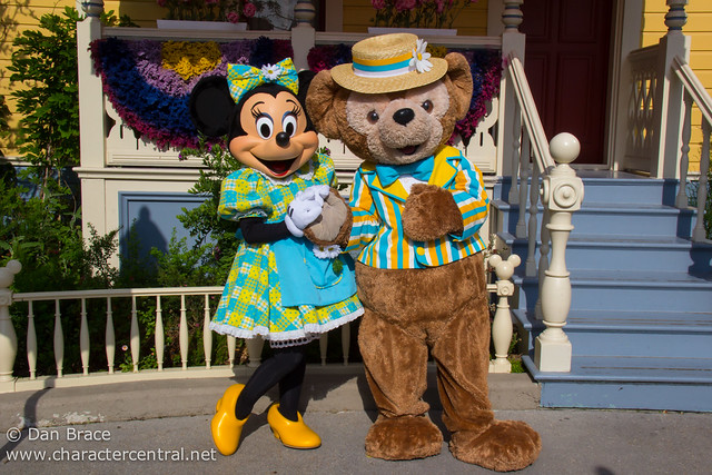 Minnie and Duffy dressed for Spring