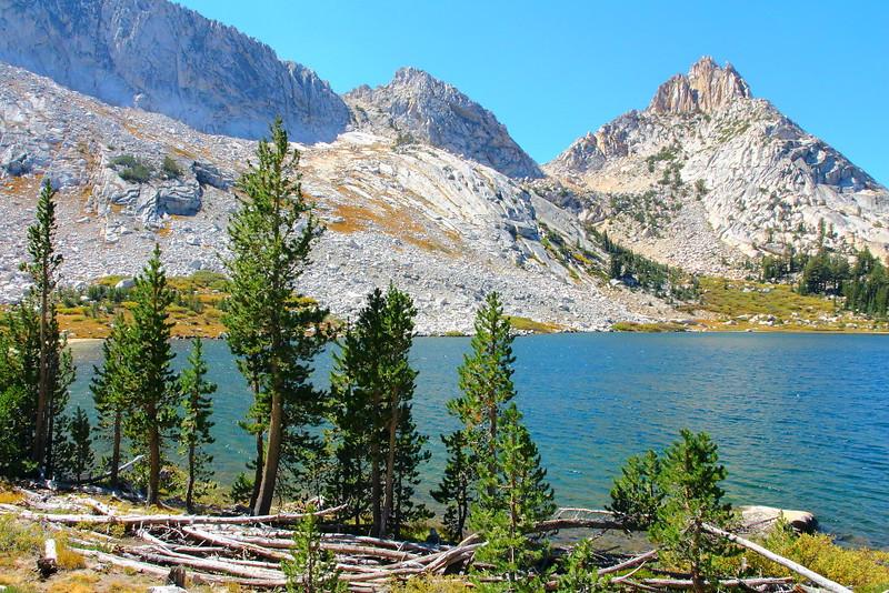 IMG_5073 Ragged Peak and Young Lake
