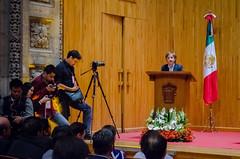 Carmen Aristegui recibe el galardón 'Corazón de León' ⑯