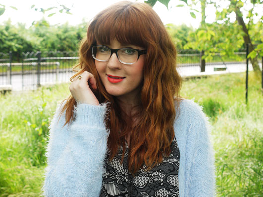 magpie-girl-redhead-blogger