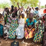 Women in Burkina Faso (Photo: Julie Dixon/Women Thrive)