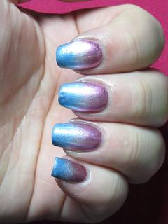 Metallic Nägel mit Farbverlauf
