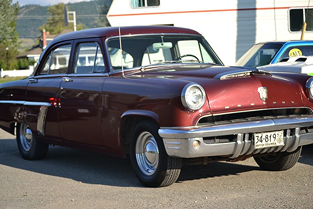 1952 Mercury Custom 4-Door Sedan