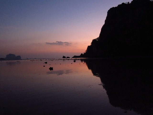 Sunset over Tonsai Bay