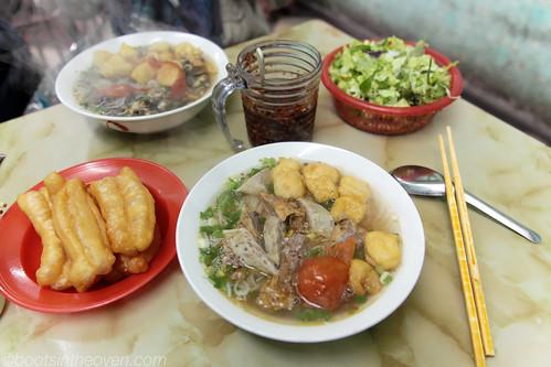 Bun oc (snail) and bun rieu (crab) noodle soup
