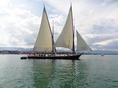 yacht racing(0.0), sailboat racing(0.0), yacht(0.0), galway hooker(0.0), windjammer(0.0), barquentine(0.0), tall ship(0.0), scow(0.0), dinghy sailing(0.0), sail(1.0), sailboat(1.0), sailing ship(1.0), sailing(1.0), keelboat(1.0), vehicle(1.0), sailing(1.0), ship(1.0), mast(1.0), lugger(1.0), watercraft(1.0), boat(1.0),