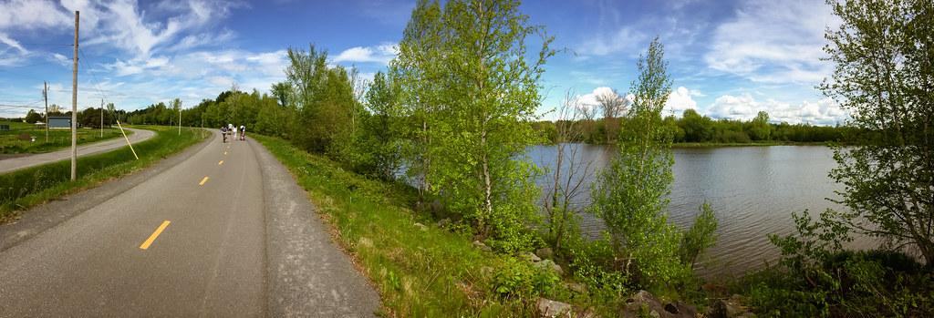 Piste cyclable autour du réservoir Beaudet