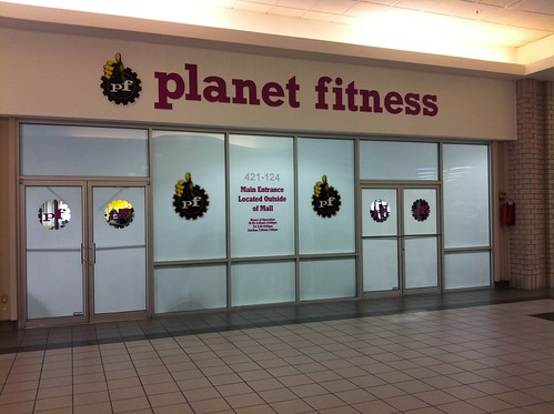 Planet Fitness - Dutch Square Mall