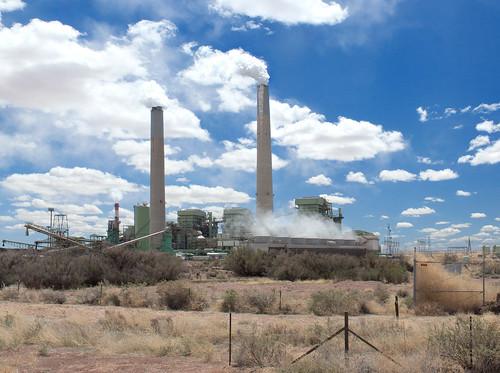 美國亞利桑那州的火力發電廠。(照片:squeaks2569。)