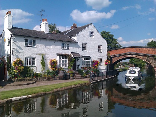 Cottage beside Bridgewater Canal, Lymm, Cheshire