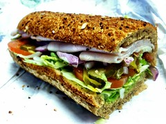 blt, sandwich, meal, breakfast, submarine sandwich, muffuletta, veggie burger, food, dish, cuisine,