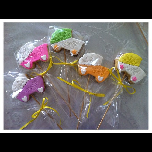 Vijola kurabiyeleri by l'atelier de ronitte