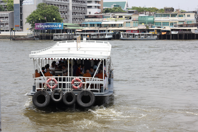 7214143224 da4e6f9194 o 101 Things to Do in Bangkok
