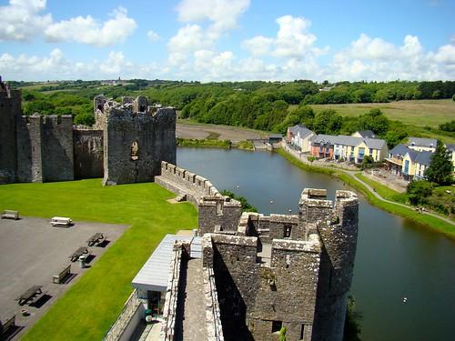 Pembroke Castle ramparts - flckr - Phil Guest