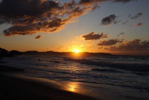 cloud beach japan sunrise canon eos kamakura shonan 2010 ef28300mmf3556lisusm eos1dsmarkiii