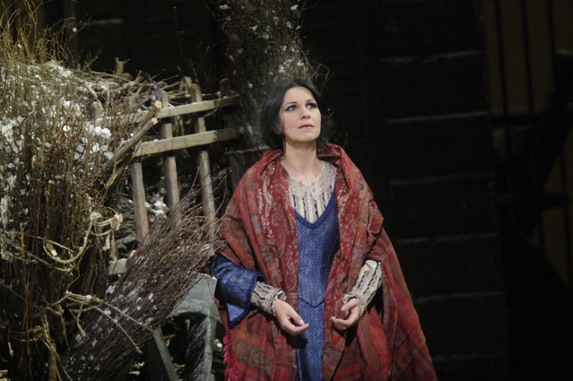 Angela Gheorghiu as Mimi in La bohème © Catherine Ashmore/ROH 2012
